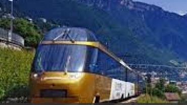 Trens: GoldenPass Line: Montreux – Interlaken – Lucerna